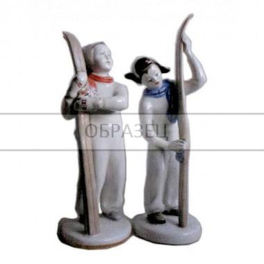Лыжница и лыжник [ЛФЗ]