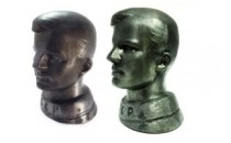 Заметка о бюстах Гагарина. Сравнение 2х вариантов